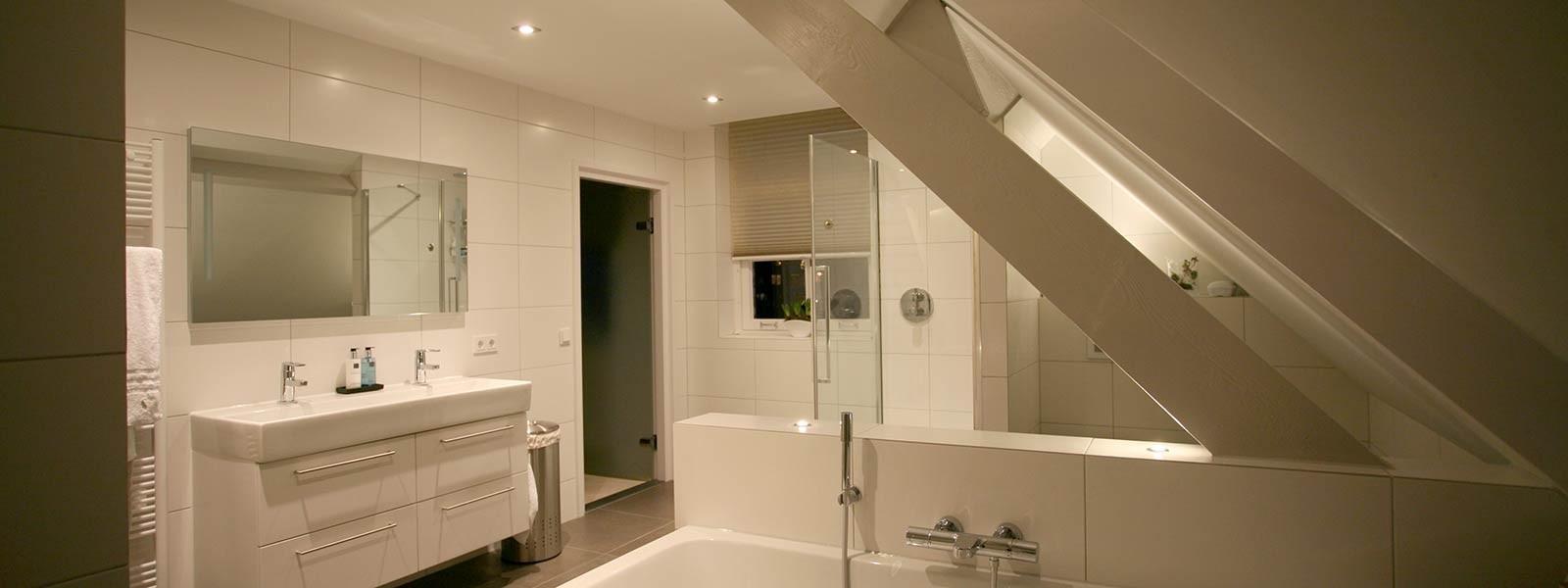 Wandmeubel Voor Badkamer.Lichtplan Maken Voor Een Badkamer Hulp Bij Verlichting