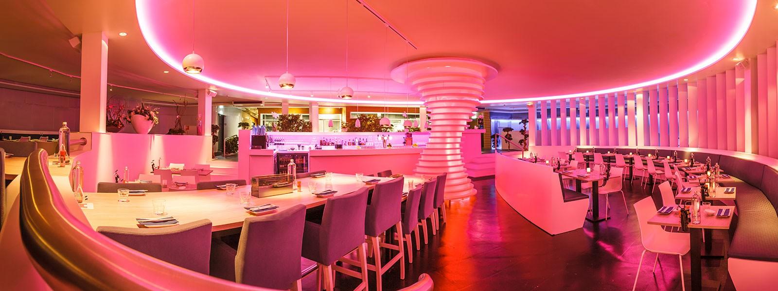 Verlichting als onderdeel van het totale interieurconcept in een restaurant