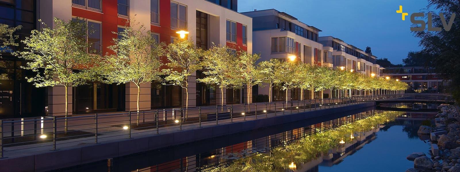 Bomen aanlichten? Tips voor verlichting in de tuin of op het balkon ...